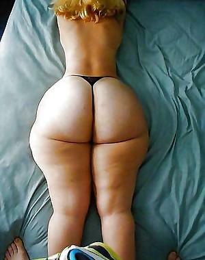 thick white creamy big booty 3