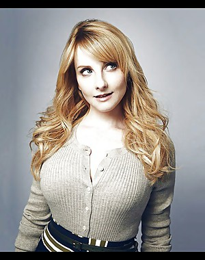 Melissa Rauch wankable