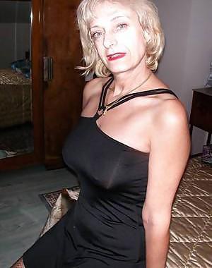2 sexy Lady